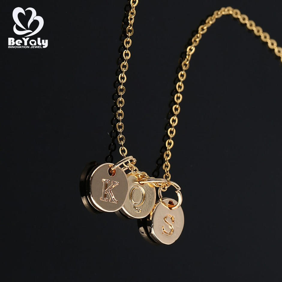 18K Gold Plated Letter K S Q Disc Necklace With Initial Chain