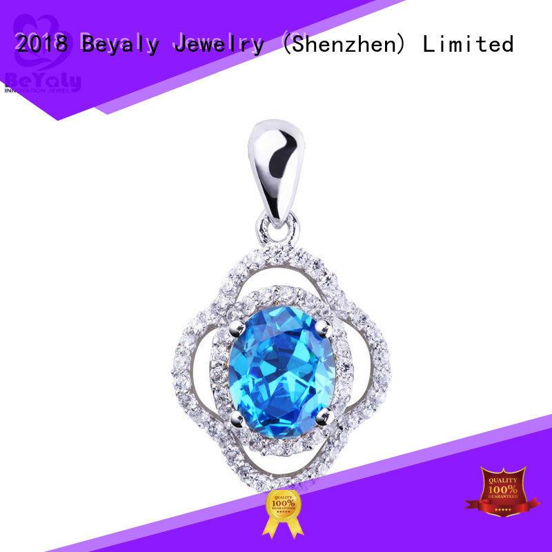 custom clover pendant tag manufacturer