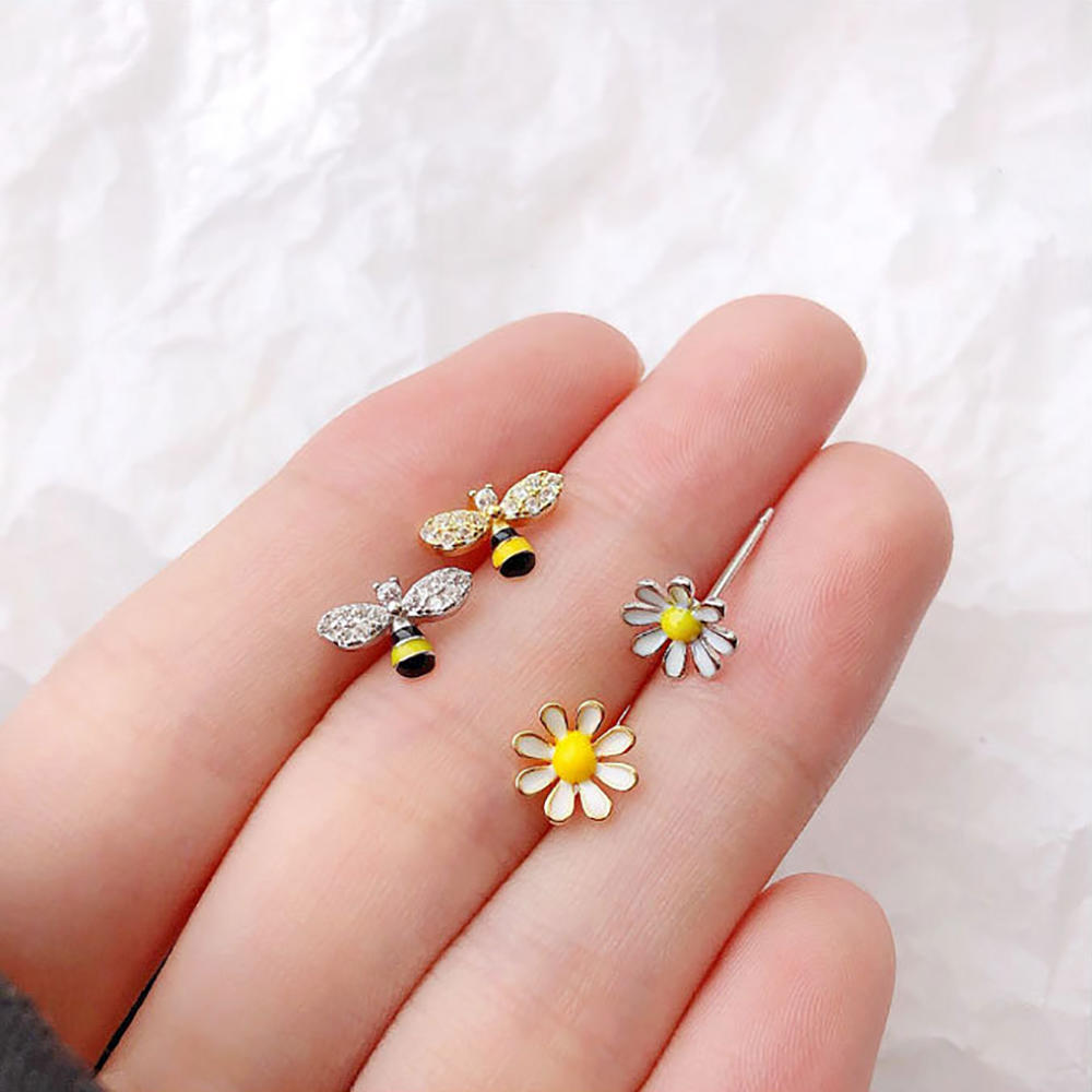 product-Cute animal design 925 sterling silver lovely bee stud earring-BEYALY-img-1