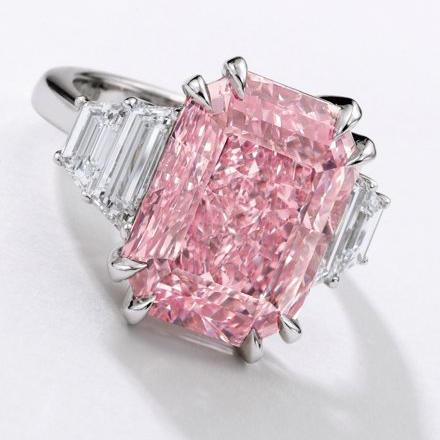 10.64-Carat Fancy Violet-Pink Diamond Ring Deal