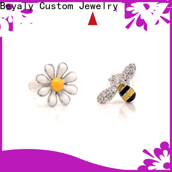 Custom pearl diamond earrings white gold flower Suppliers for exhibition