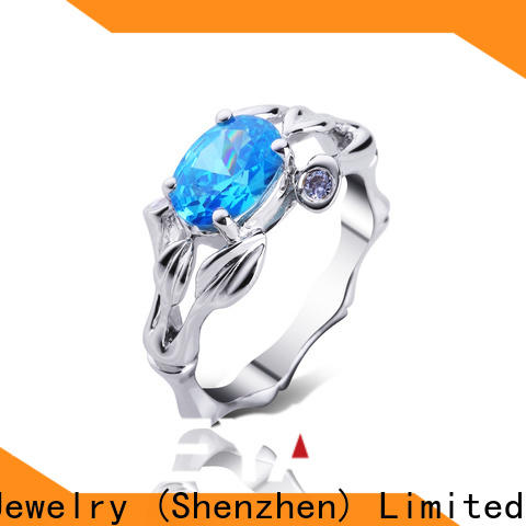 Top biggest solitaire diamond ring design for business for women