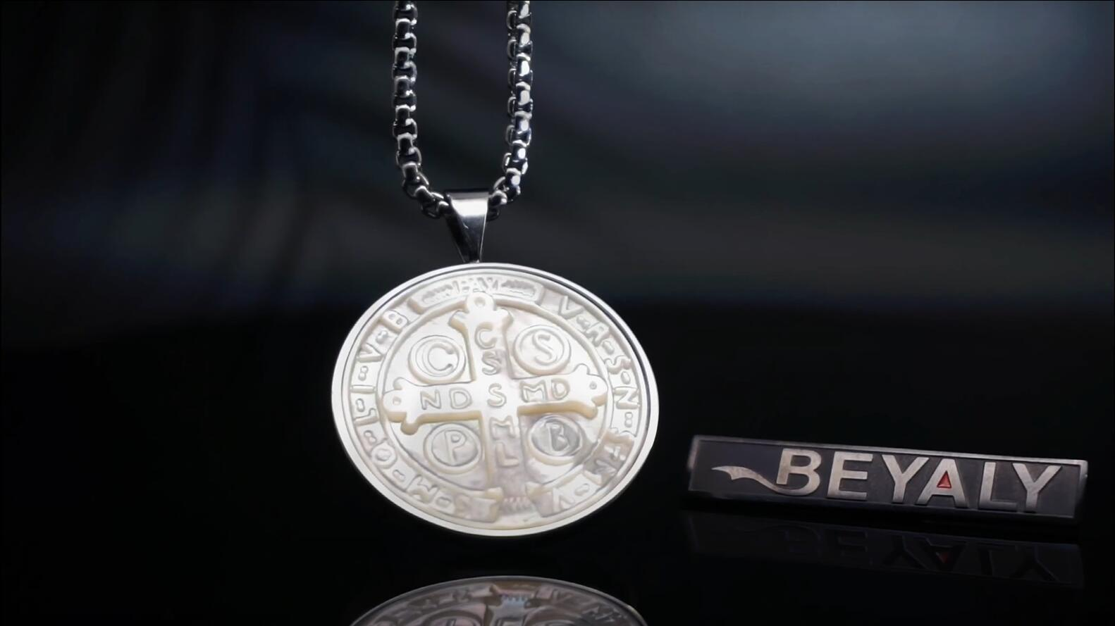 Simple design engrave cross white shell letter pendant