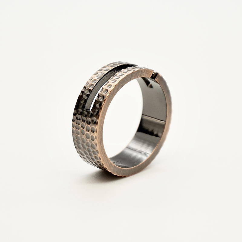 Men's stainless steel Hammered jewelry Texture Engraved Sparkling Bronze Ring