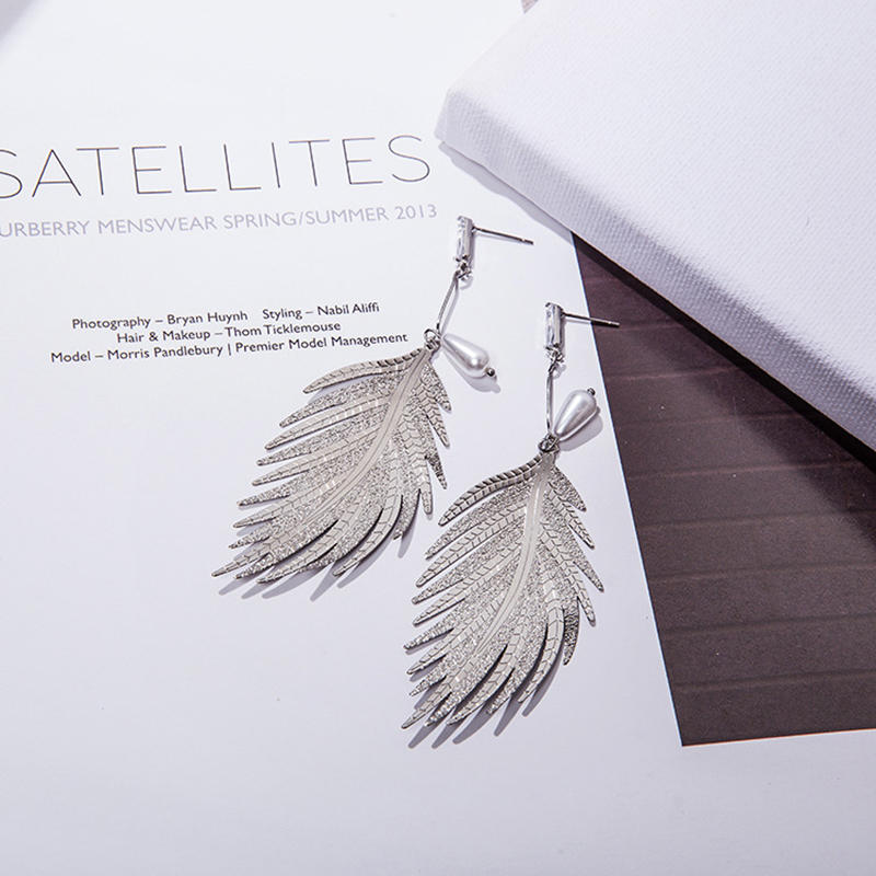 product-BEYALY-Custom Womens Jewelry Online Fashion Gold Plated Jewelry Leaf Shape Pearl Drop Earrin