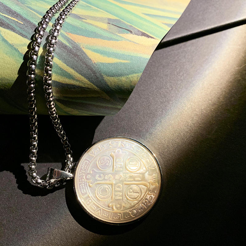 product-Fashion 316L Stainless Steel Pendant Necklace Jewelry God Bless Us Custom Religious Jewelry -1