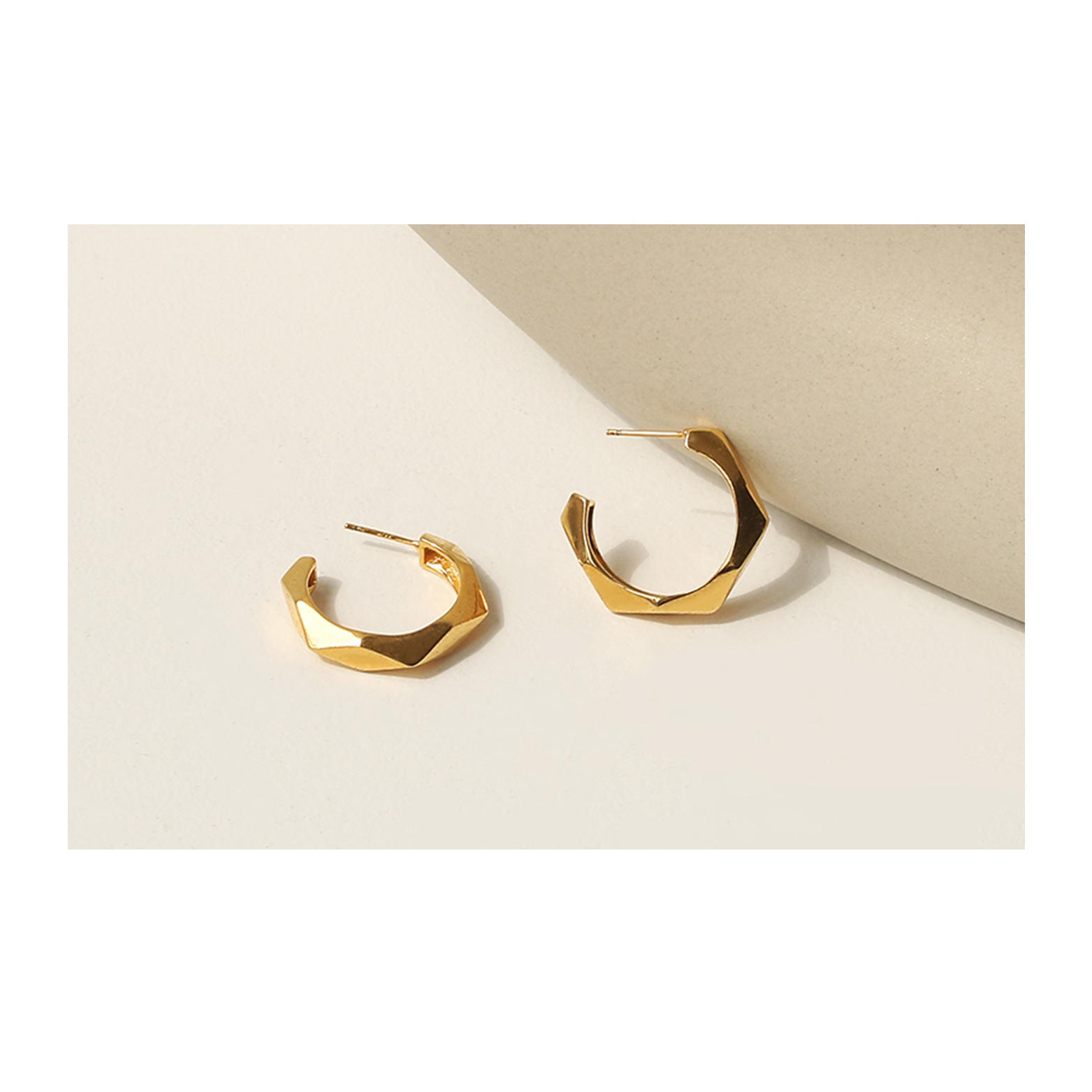 product-2021 New Trendy Faceted brass Earring Polished Rhombus Hoop Earring Dainty Jewelry for Women-1