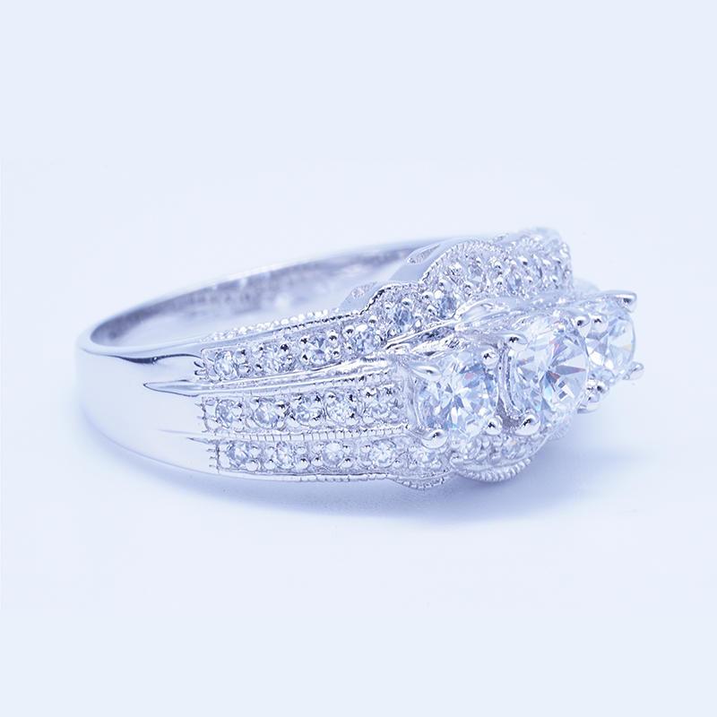 product-BEYALY-classic design three gemstone Ring Jewelry Engagement Ring-img