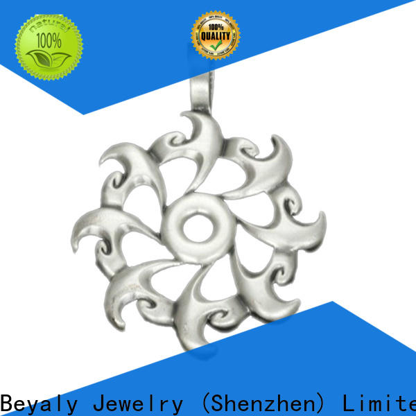 BEYALY stainless steel gold pendant shipped to business for decoration