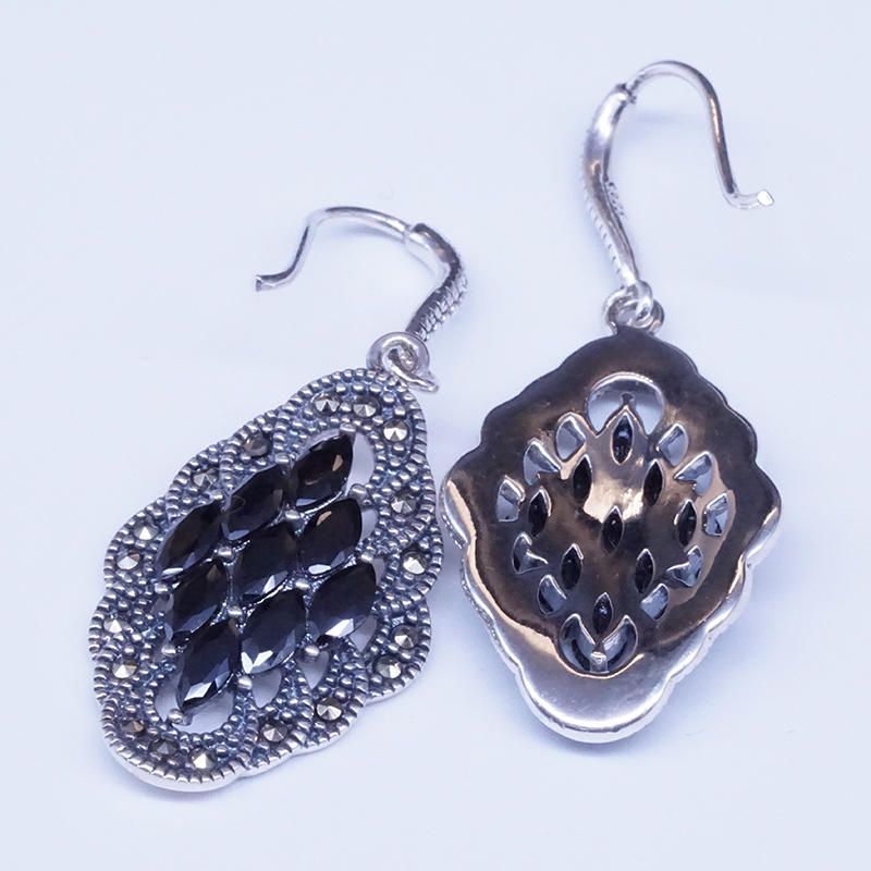 product-Fashion accessories Bohemian Carved Jewelry Ethnic Earrings Fashion Metal Bead Hollow out an-1