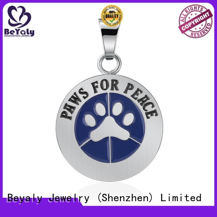 Wholesale clover pendant necklace pendant manufacturers for women