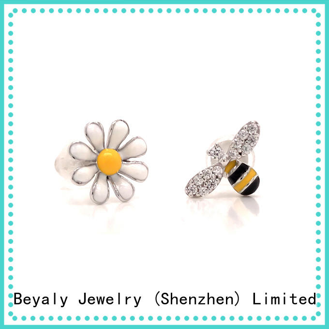BEYALY letters white gold diamond earrings prices for exhibition