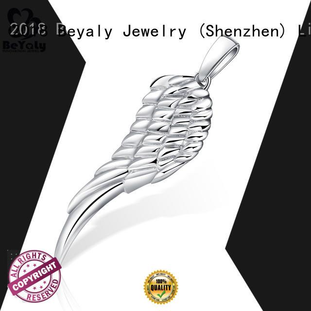 brilliant clover pendant plating design for ladies
