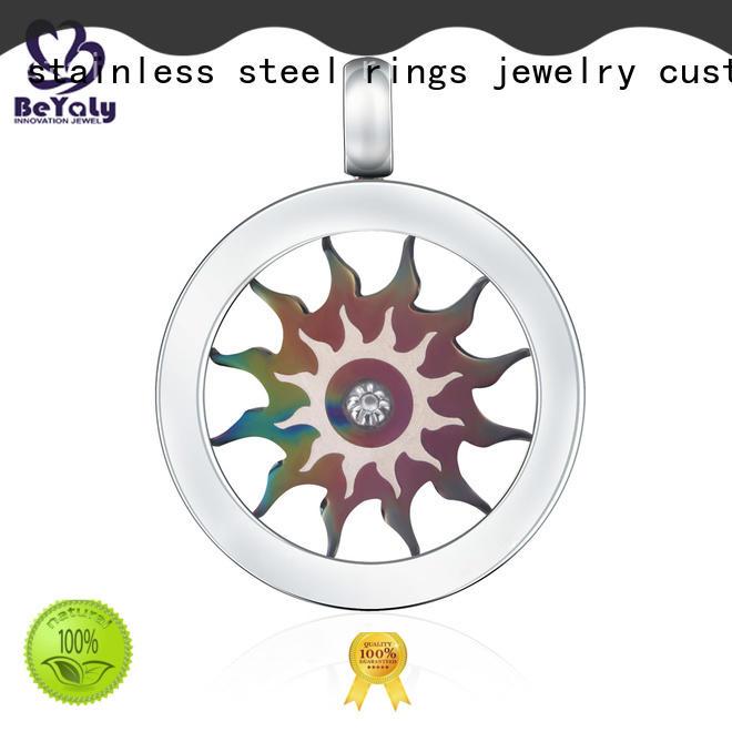 ladies silver clover pendant online for girls